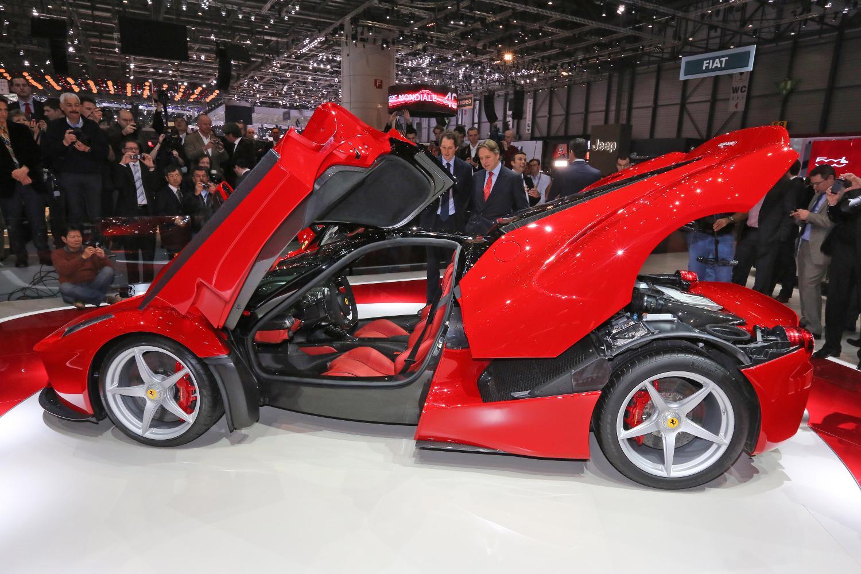 hybrids vs. electric cars