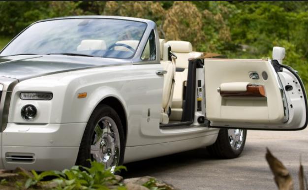 Rolls-Royce White Glove