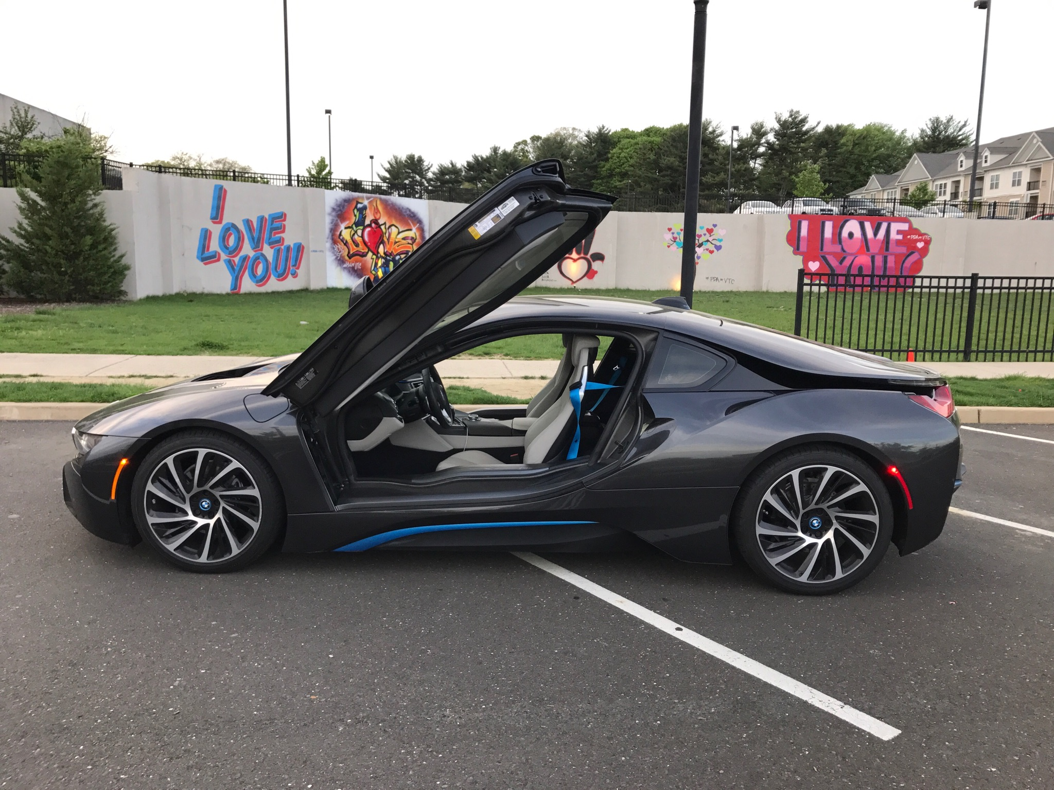 The Bmw I8 Hybrid Is A Phenomenal Vehicle Few Vehicles On Road Today Can Compete With Its Exotic Design And Even Less Boast Same Amount Of